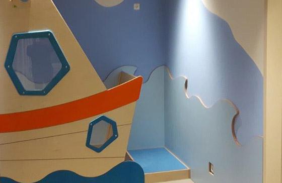 Referenzen und Arbeitsbeispiele: Claus Hein Malereibetrieb steht – wie hier bei einer Kindertagesstätte in Norderstedt – für bedarfsgerechte Innenarbeiten in Hamburg & Umgebung mit Liebe zum Detail.