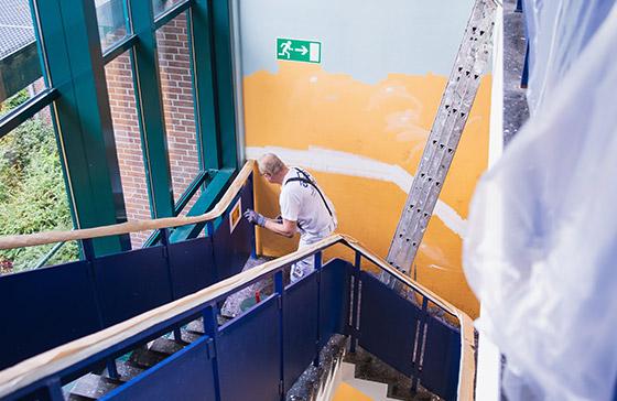 Claus Hein-Referenzen: Treppenhaus-Renovierung in Hamburg Eidelstedt – hochwertige Malerarbeiten für private, gewerbliche und öffentliche Kunden in Hamburg & Umgebung.